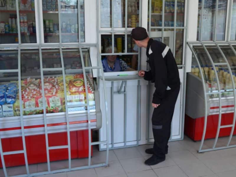 Тюремные магазины передадут крупнейшим торговым сетям и интернет-магазинам